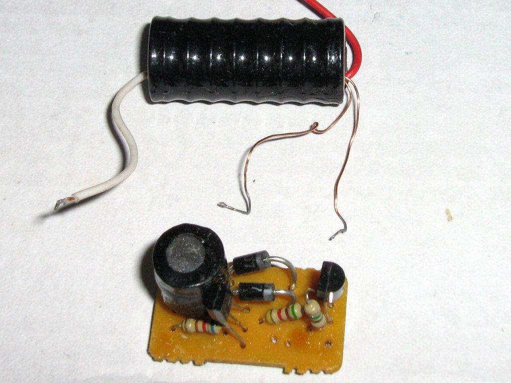 Как сделать электрошокер в домашних условиях своими руками видео